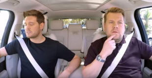 od lewej: Michael Buble i James Corden